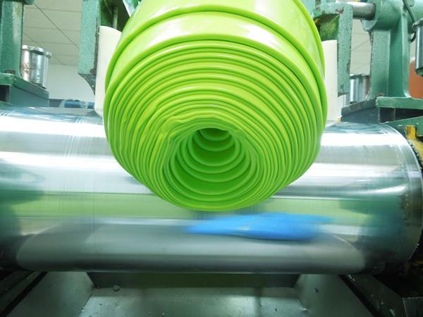 硅胶制品炼胶工艺